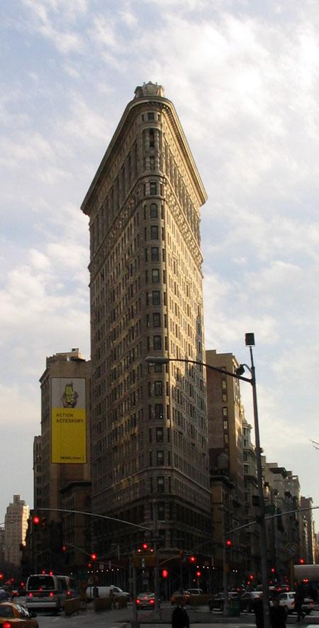 Image : http://www.zqcentral.com/downloads/newyork/broadway.jpg