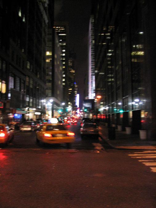 Image : http://www.zqcentral.com/downloads/newyork/nacht.jpg