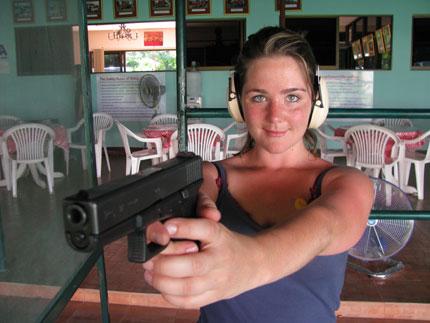 Image : http://www.zqcentral.com/sitegfx/bigpix/thailand/levensgevaarlijkevrouw.jpg