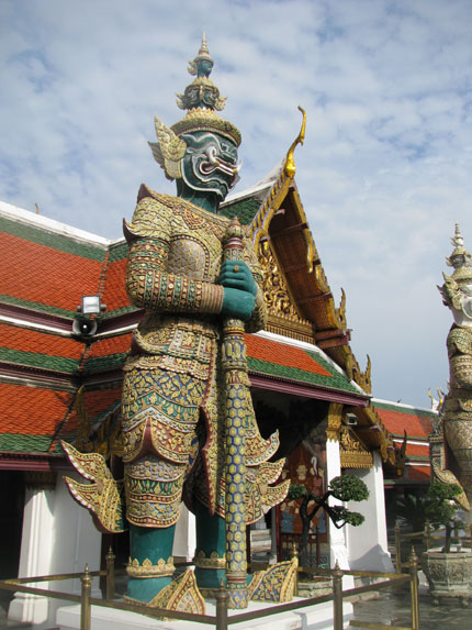 Image : http://www.zqcentral.com/sitegfx/bigpix/thailand/tempels2.jpg